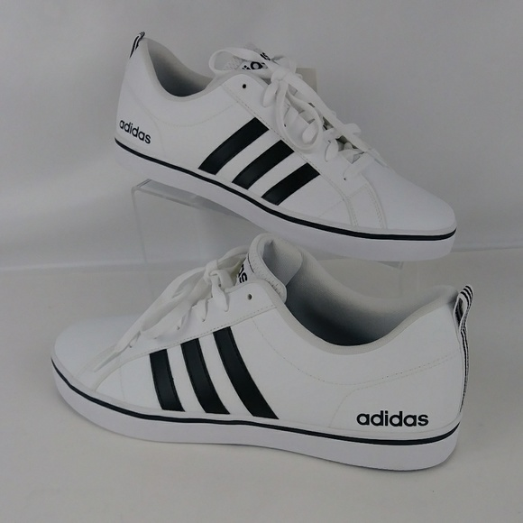 magasin d'usine 0ddc0 c0a3c NWT adidas Neo VS Pace white sneakers men size 11 NWT